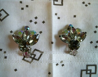 Vintage 1950s Smokey Gray Rhinestone AB Clip On Earrings Marquise and Round Faceted Prong Set Rhinestones