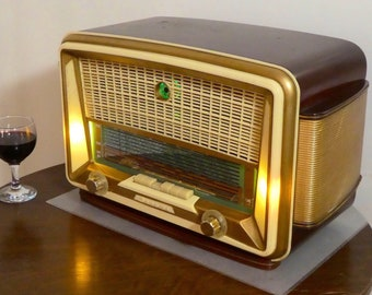 Bluetooth speaker system Art Deco 1954 Sonolor model Suffren with FM radio and Aux inputs. Art Deco Modernist style. 100watts.