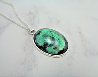 Green Glitter Marble Oval Nail Polish Cabochon Necklace on 18 Inch Silver Plated Chain, Nail Varnish, Enamel, Emerald City, Oz
