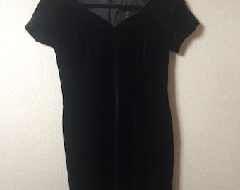80s black velvet bodycon dress