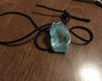 Light Blue Stone Pendant Handcrafted Wire-fitted Necklace