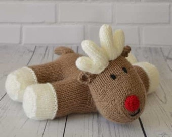 Lazy Reindeer Rudolph Knitting Pattern, Christmas Knitting Pattern, Festive Knit, Toy Knitting Pattern, Seasonal Gift, Home Decor
