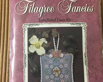 "Just-Nan Filagree Fancies, embellished linen kit, Daisy Bouquet. Design size: 2 1/2 x 2 1/2"""