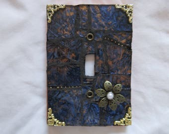 Single toggle mosaic switch plate