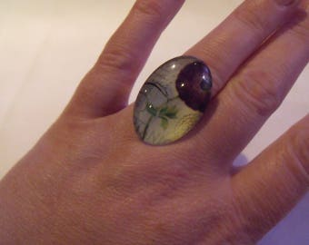 LIQUIDATION oval glass flower cabochon ring