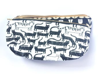 Cute Cat Pencil Case - Cat Lover Bag Gifts for women- Canvas Zipper Pencil Pouch- Pencil Case- Back to School Supplies- Kawaii Cat Gifts