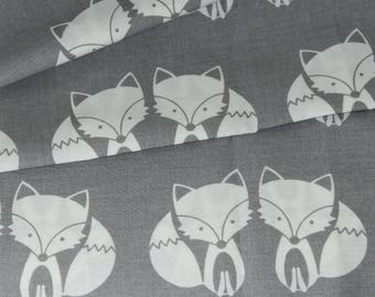 """50 cm printed """"Foxes"""" 100% cotton sold by 50x150cm gray background"""