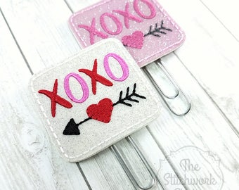 XOXO Planner Clip - Heart - Valentine's Day - Paperclip - Bookmark - Pick your color!