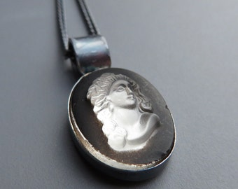 Vintage 1920s Glass Greek Roman Bust Cameo Black Silver Necklace