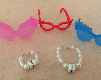 tammy doll handmade jewelry bracelet necklace with three pairs of glasses cute accessories for your vintage Tammy doll