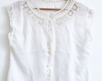Beautiful Antique Cotton Blouse with Stunning Details & Pearl Buttons