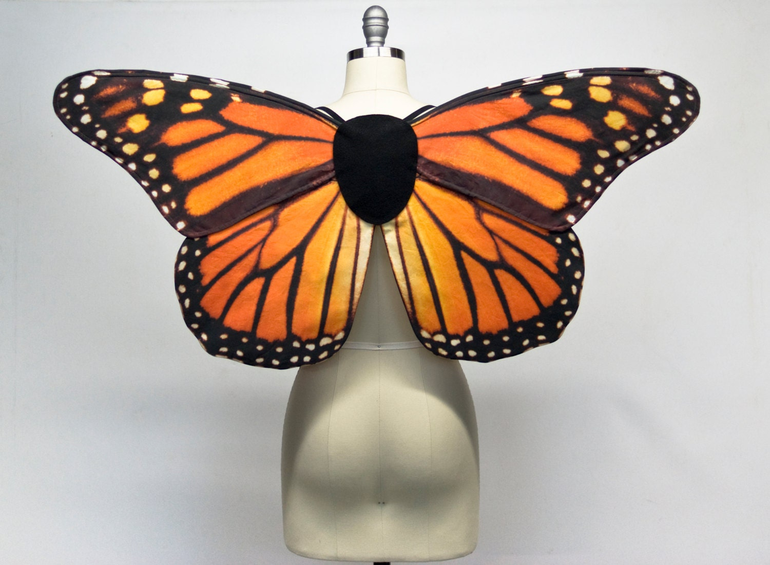 ?zoom & Monarch Butterfly Wings for Women Adult Fairy Costume