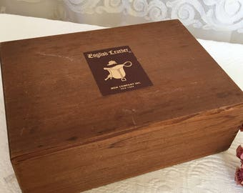 Vintage Wood English Leather Gift Set Box. Dovetailed Edges on This English Leather Wooden Box from c.1950.