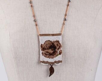 Amulet Bag Poppy