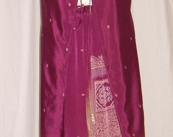 0192 Bollywood 2 pc burgundy, fits 1X-3X