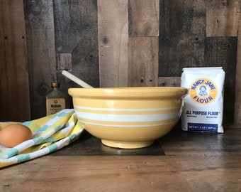 Antique Vintage Yellow Ware Bowl * Mixing Bowl * White Band * Pottery Bowl * White Stripes * Farmhouse Bowl * Vintage Kitchen * Primitive