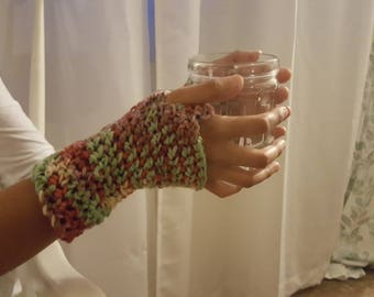 Woman's fingerless gloves crochet