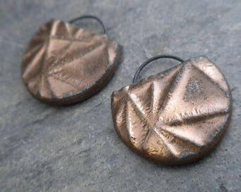 Eclipse- handmade artisan ceramic earring bead pair metallic gold 4049
