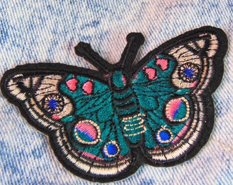 Green Butterfly Moth Patch Sew On Iron on Embroidered Lepidoptera Nature Natural History Applique for Custom Jackets & Bags Hot Fix Badge UK