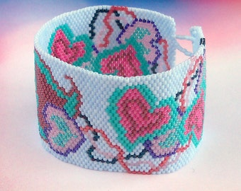 Hearts on a String Bracelet Pattern - Peyote Pattern