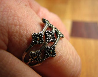 3725 - Ring - Mexican Sterling