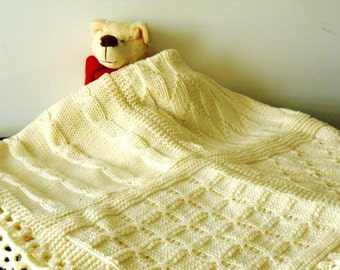 Custom made knitted blanket, luxury chunky knit afghan, cottage chic knit throw, made to order blanket in pure Merino wool