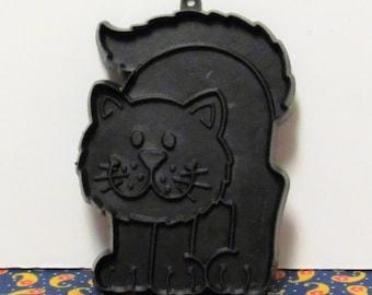 "Vintage Halloween Black Cat Cookie Cutter//Decoration, 1979, 4 3/8"" tall"