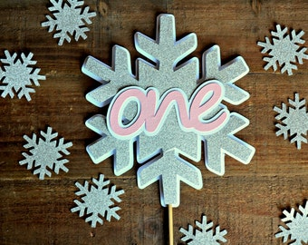 Winter Onederland Cake Topper. Winter Wonderland Cake Topper. Smash Cake Topper. Winter Onederland Decor. Frozen Inspired Cake Topper.