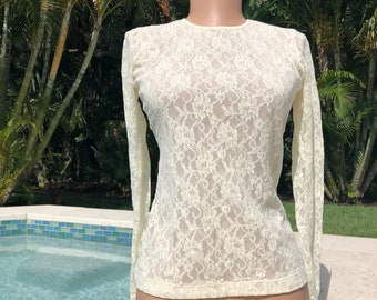 Vintage lace top, long sleeve cream lace blouse.