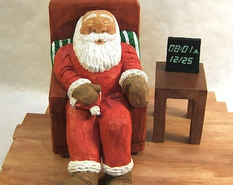 Santa Claus on Christmas Morning Wood Carving Art Sculpture Home Decor