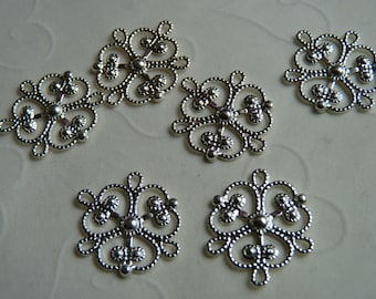 12 pieces of Gold Plated OR Silver Plated Four Loops Filigree Clover Focal Components - 19x14mm (You Pick The Color)