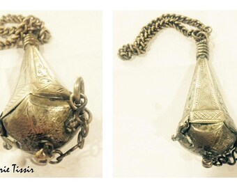 Old Berber pendant, perfume box