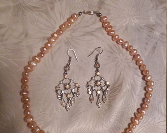 Peach Baroque Choker Necklace