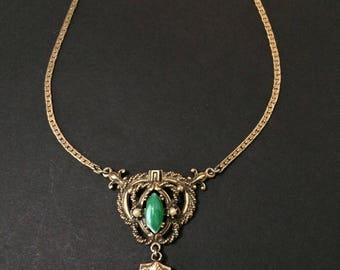 """15"""" Green Oval Stone Faux Pearls Antiqued Goldtone Metal Tassel Choker Necklace"""