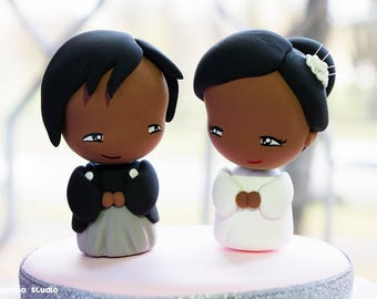 African American Bride and Groom Cake Topper / Japanese Style Wedding / Kawaii Chibi Anime Couple Figurines / Wedding Decoration Centerpiece
