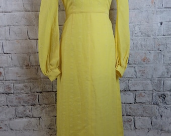 """Vintage yellow maxi dress Size 8 Bust 33"""" prairie colonial style long sleeve collars lined Plaire à la Dame Mode fitted waist modest"""