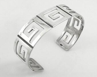 "Vintage 1980s Handmade Sterling Silver Geometric Greek Key Design Cuff BRACELET - Fits up to 7-1/2"" wrist"