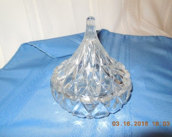 Beautiful, interesting crystal candy bowl with lid.