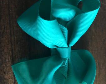 "4"" Green Baby Headband Bow, Green Hair Bow on Elastic Band, Boutique Bow, Green Toddler Bow, Bow Headband, Kid Headband, Green Baby Bow, Bow"