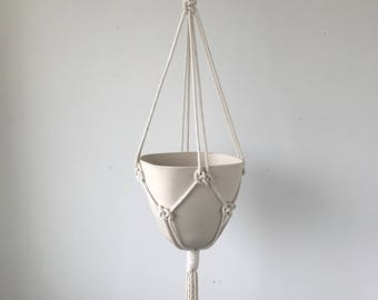 Amal Square Top Bullet Planter, Includes both Porcelain Pot and Macrame Cotton Hanger