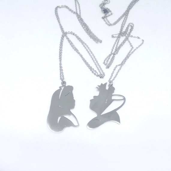 24867412a66f8 Disney Friendship Queen of Hearts and Alice pendant in White Bronze  handmade by hand sawing, Disney couple,Disney Villains