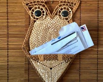 Rattan Owl Letter Holder. Vintage Boho Wall Art. Wall Pocket. Jungalow.