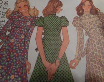 Vintage 1970's McCall's 3871 BOHO Hippie Dress Sewing Pattern Size 12 Bust 34