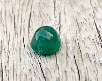 4 Carates Very Beautiful and Amazing Quality Faceted Natural Round Sugarloaf Cabochon Cut Emerald From Afghanistan.