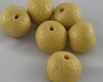 Perles010 - Lot de perles beiges