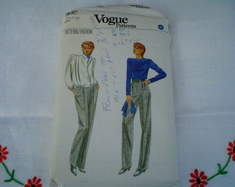 80s 10 Straight Leg Pants Jacket Blouse PATTERN Vogue 8097