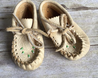 Vintage Leather Baby Moccasins - shoes - hipster baby -retro kids 6-12 month - girls shoes Boy