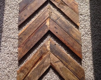 Pallet Wood Chevron Wall Art - FREE SHIPPING