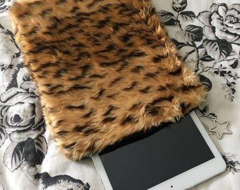Tiger Print - Carry Bag