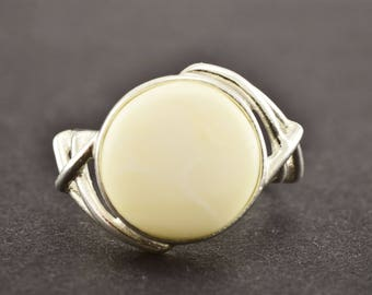 Royal White Genuine Baltic Amber Sterling Silver Ring US size 7.5 UK Size- O1/2